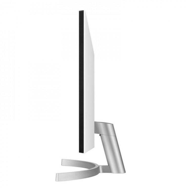 LG  LED IPS UltraHD 4K FreeSync 68,58 cm (27 pulgadas)